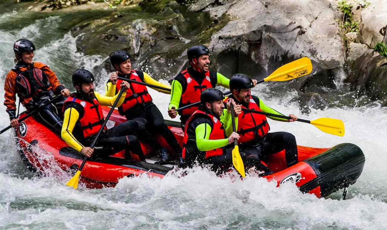Garfagnana rafting groupon trattamento marmo cucina - Rafting bagni di lucca ...